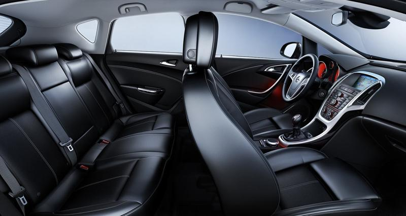 Opel Astra J Салон